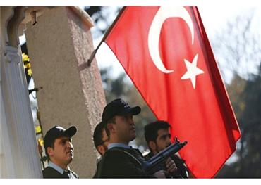 """السلطات التركية تواصل حملاتها على منظمة """"غولن"""""""