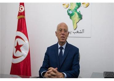 قيس سعيد.. نجم وافد في الانتخابات الرئاسية التونسية