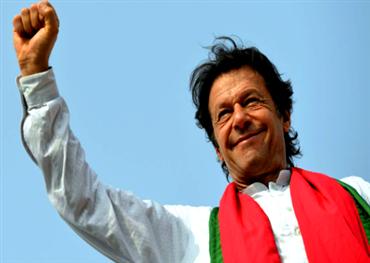 ما يريد القارئ العربي أن يعرف عن عمران خان