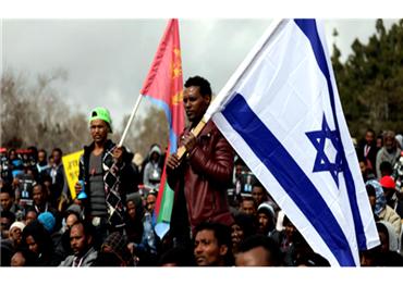 أزمة اللاجئين الأفارقة.. تفضح ديمقراطية الكيان الصهيوني