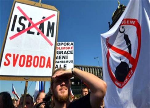 اليمين المتطرف Picture: شبح اليمين المتطرف ينتشر في أوروبا