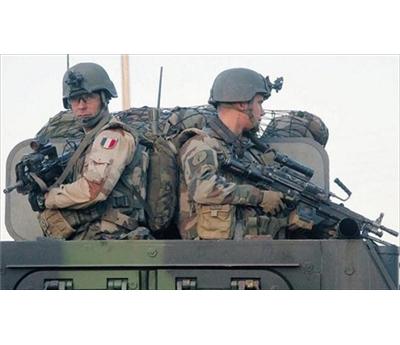 القوات الفرنسية تقتل مسلما مالي 152909112014095838.jpg