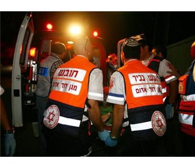 فلسطيني مشنوق داخل سيارته 152917112014095602.jpg