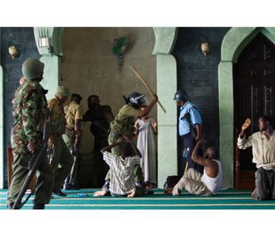 كينيا تغلق مسجدين مومباسا 152919112014095821.jpg