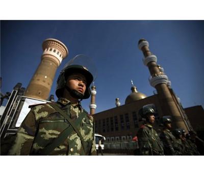 الصين تحظر الصلاة القُصر 152931102014124843.jpg