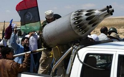 ثوار بنغازي يطهرونها مليشيات حفتر 2010240.jpg