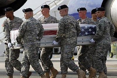 جندي أفغاني يقتل جنرال أمريكي 2012276.png
