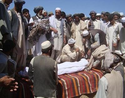 أمريكا قتلت آلاف المدنيين الأفغان 2013136.jpg