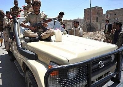 اشتباكات جماعة الحوثي الجيش اليمني 2014330.jpg