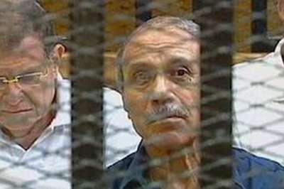 حبيب العدلي يمارس البلطجة من داخل سجنه