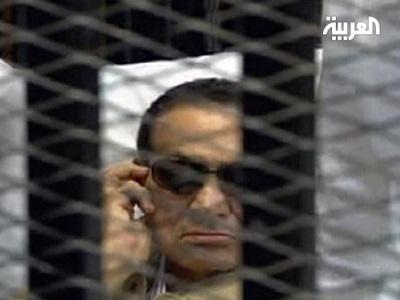 النائب العام يأمر بإعادة مبارك aliraqis_7354733.jpg