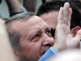 أردوغان يعتذر للأكراد
